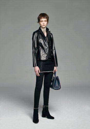 超薄羊皮短版外套/黑色緊身空花針織洋裝/斜紋小羊毛窄管褲