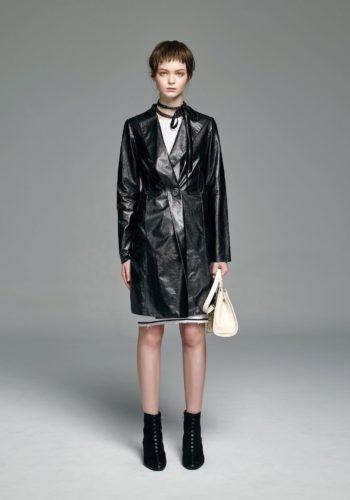 超薄羊皮長版外套/白色緊身針織洋裝