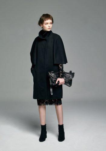 喀什米爾五分寬袖大衣/植絨蕾絲高領小禮服/記憶羊皮手提肩背包