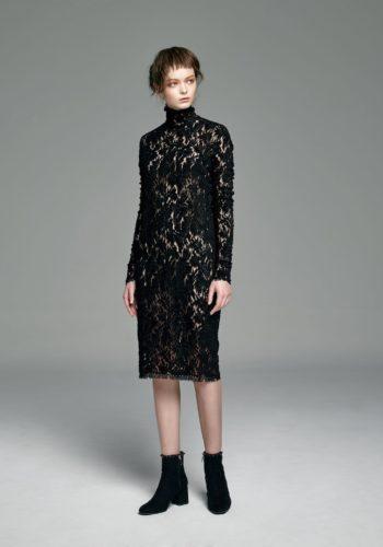 植絨蕾絲高領小禮服