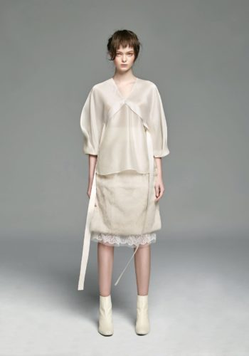 野蠶絲連袖上衣/兔毛側開高腰裙