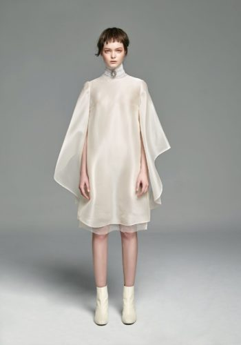 野蠶絲造型飄袖小禮服